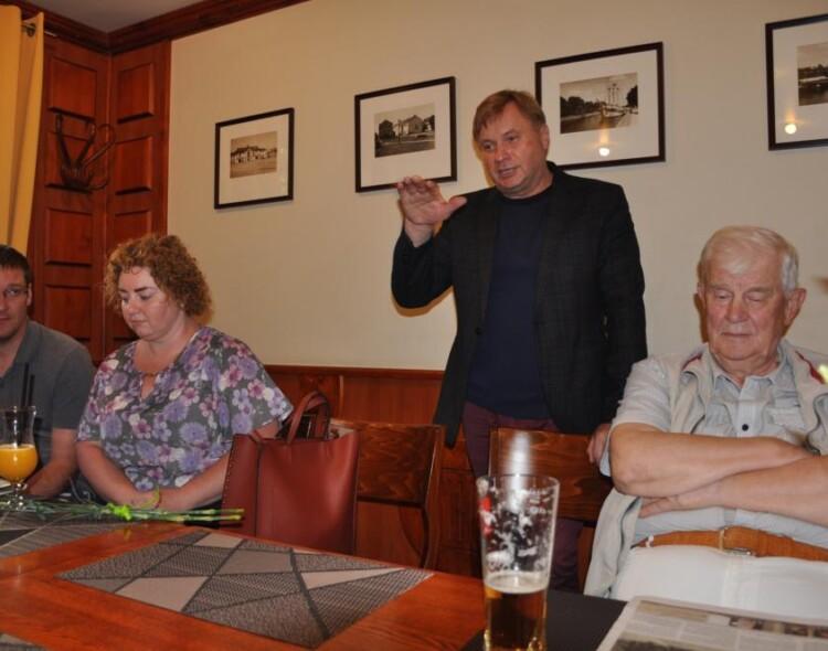 Danės partinė grupė diskutavo su kandidatu į LR Seimą R.Sakalausku