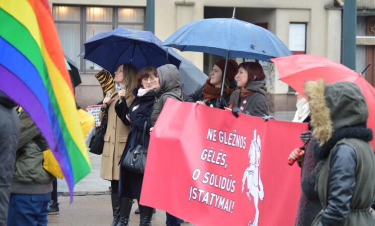 Kovo 8-ajai – veiksmo savaitė už moterų teises: socialdemokratės ragina Lietuvos vyriausybę nenusišalinti